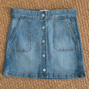 Old Navy jean skirt- size 10